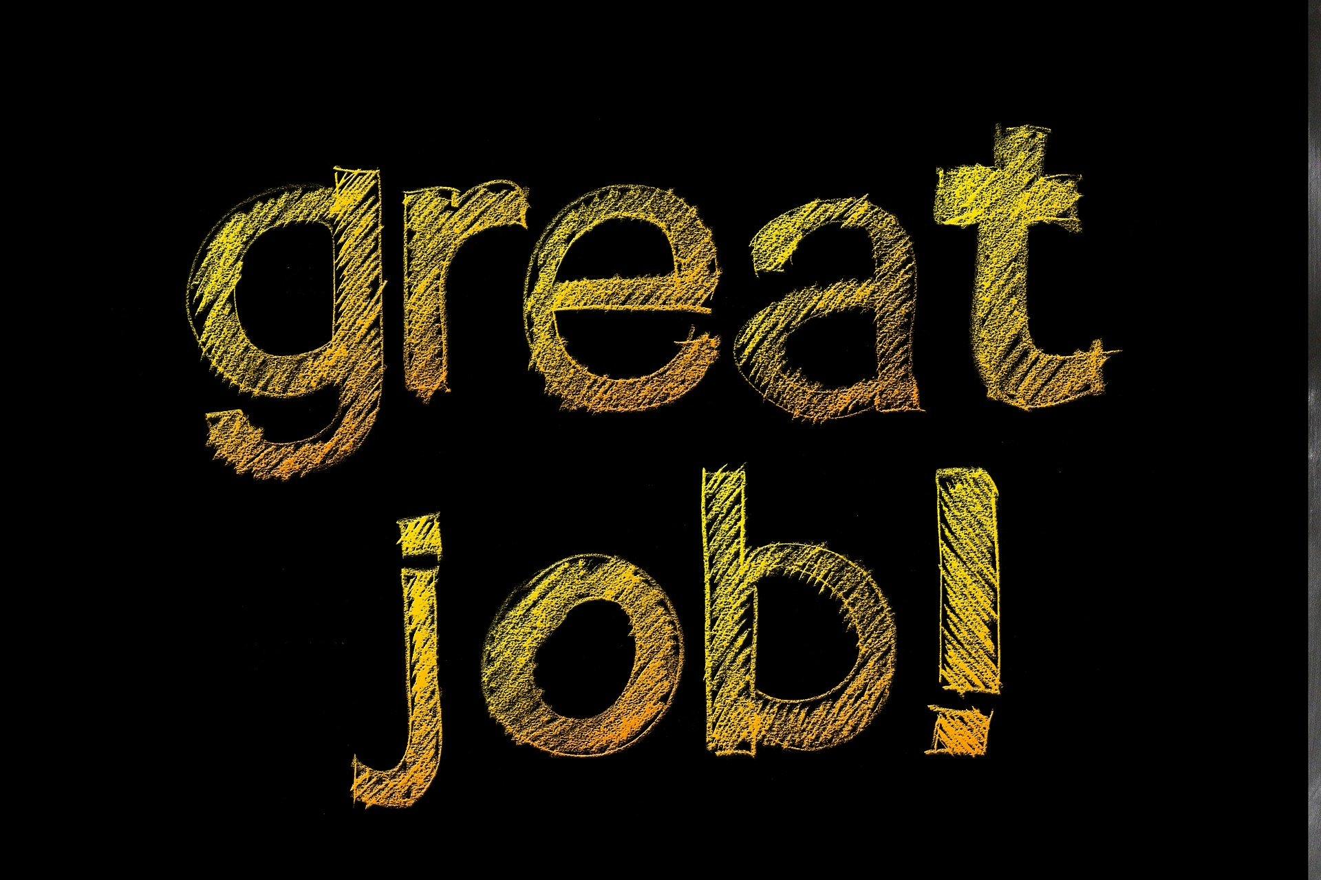 """In Goldschrift steht da """"great job!"""" und klingt viel besser als """"Nicht geschimpft ist Lob genug."""""""