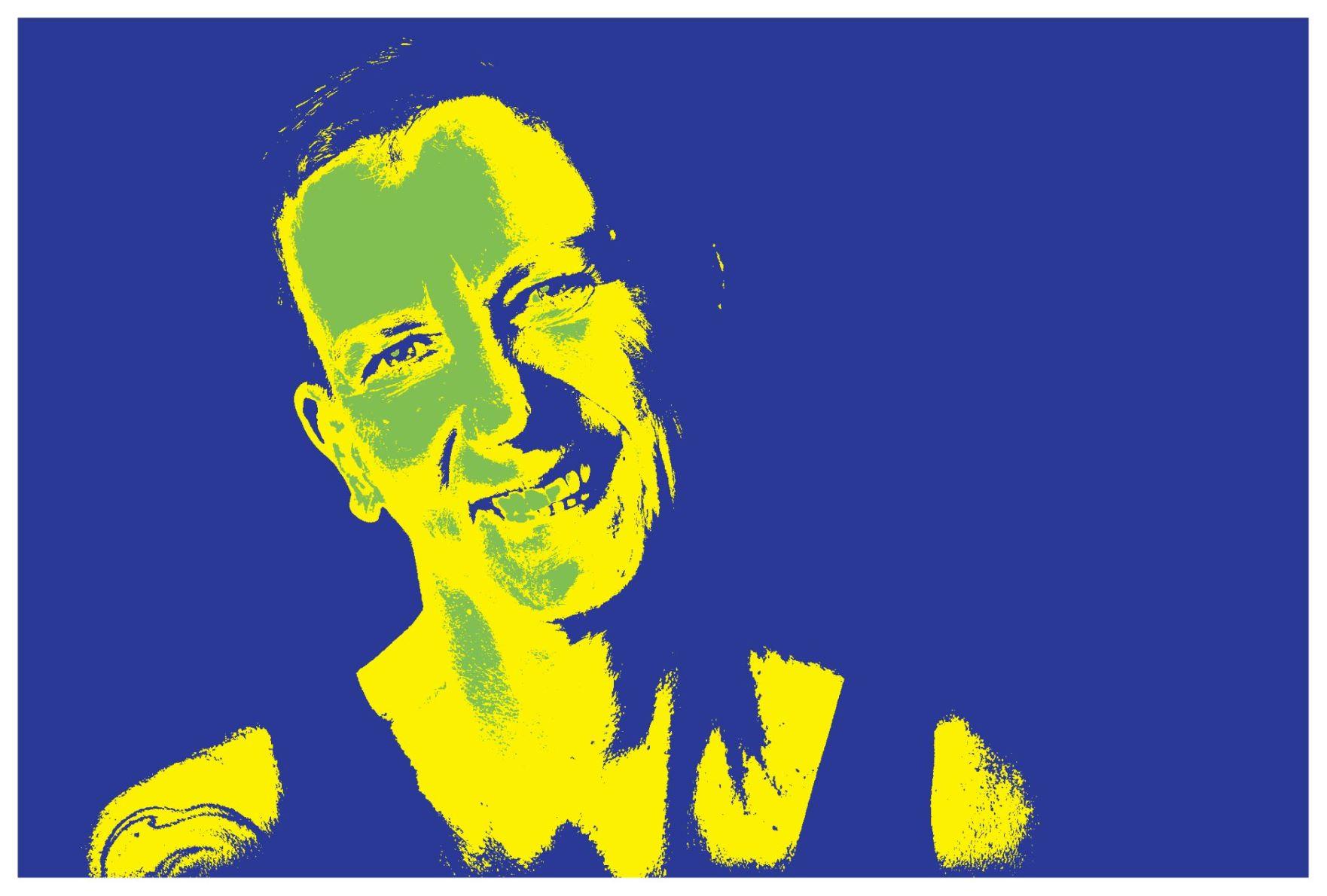 Ein Porträtbild von Sabine Scholze in Blau und Gelb - die Müdigkeit ist mir nicht anzusehen.