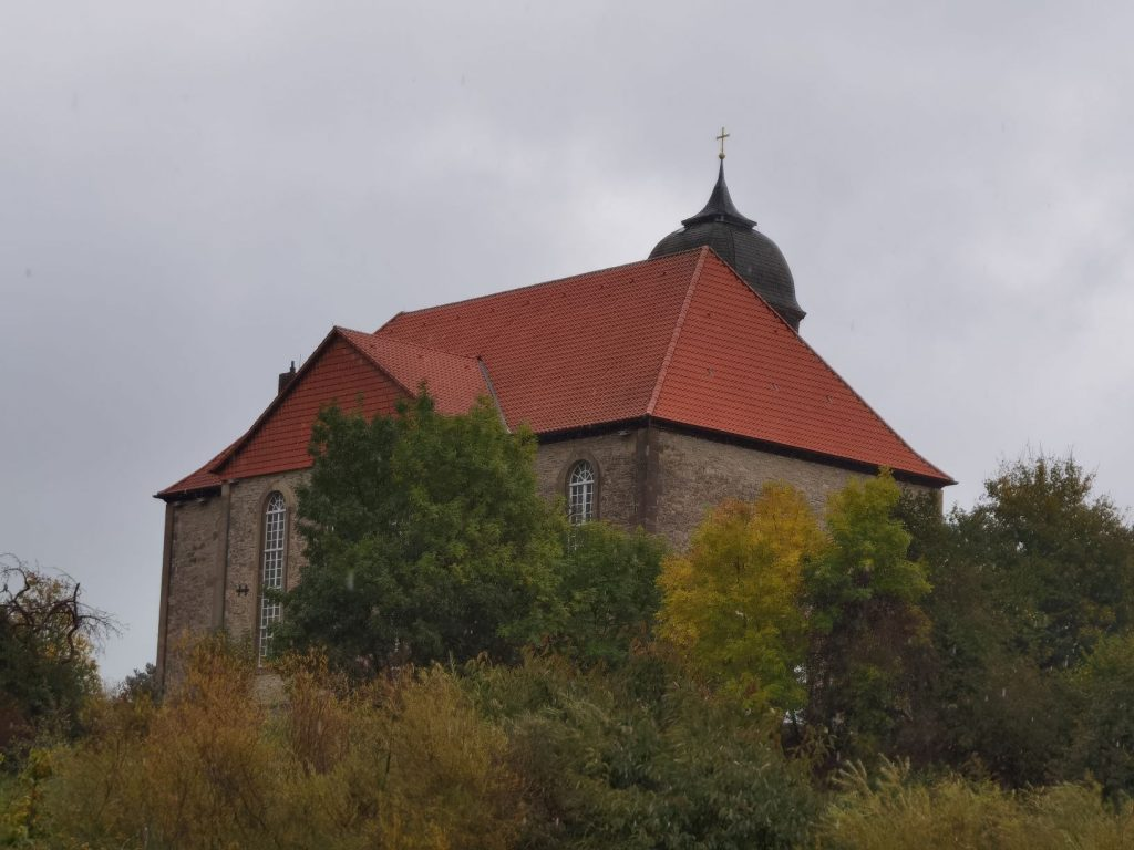 Oktober 2021 Kirche Scheden2